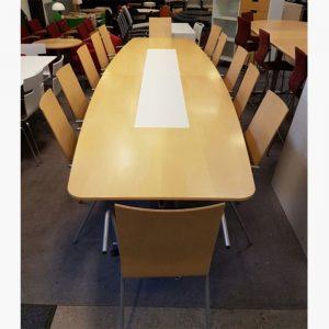 Stort begagnat konferensbord i björk