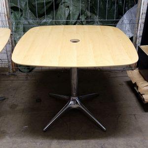 Cafébord från EFG